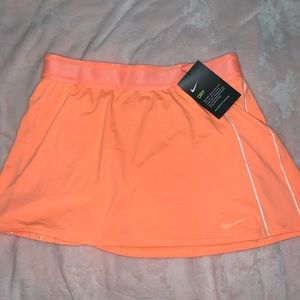 Nike court tennis skort orange medium